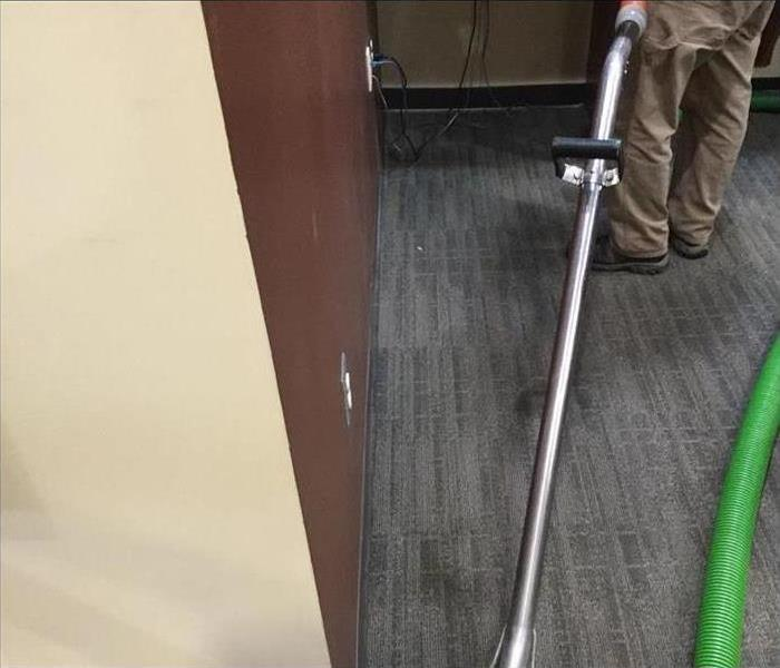 Steam Cleaning Commercial Building Carpet
